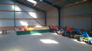 Nieuws overdekte speelschuur zon of regen zo valt het for Speel en kinderboerderij oudleusen